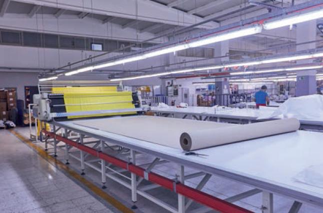 produzione abbigliamento da avoro
